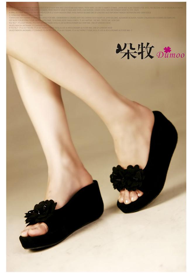 女凉拖鞋夏坡跟真皮哪种好